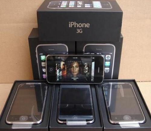 Pictures of We have  apple iphones in our store 2