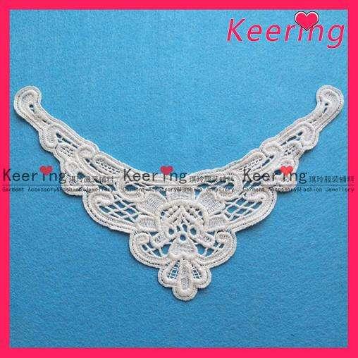 Supply wholesale fashion white neck