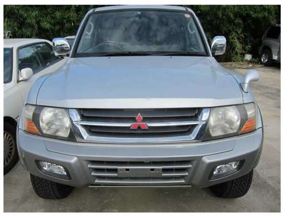 2000 mitsubishi pajero on selling with good quality